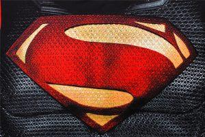 Футболка с принтами Супермен